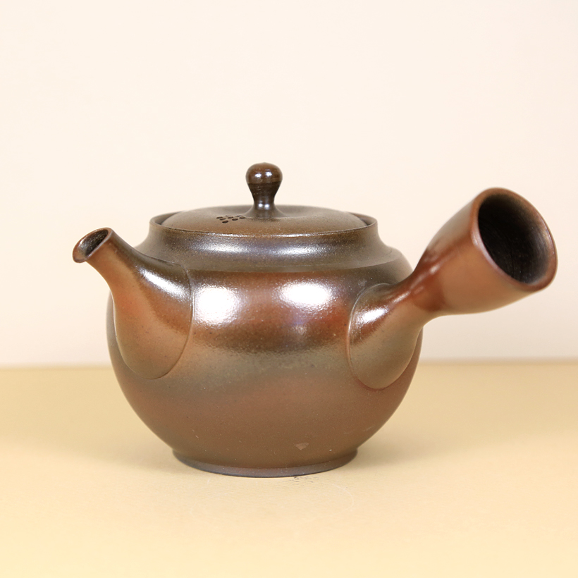 Japanese Tokoname Polished Honey-Brown Teapot